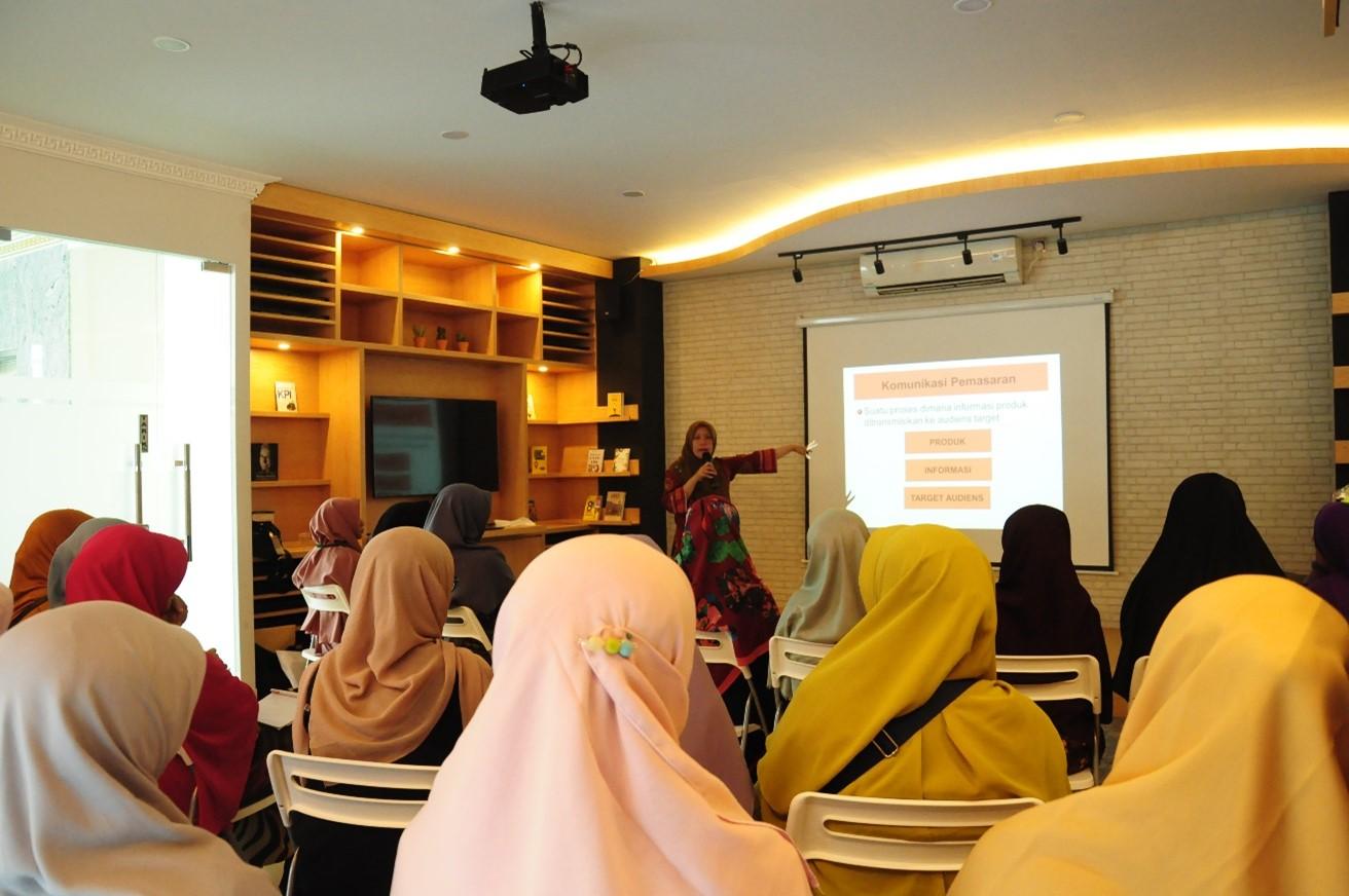Pelatihan Pengolahan Pangan & Strategi Pemasaran Berbasis Pemanfaatan Internet
